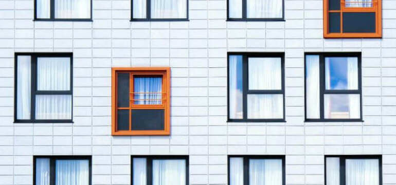 پنجره های رنگی یو پی وی سی